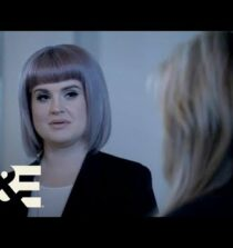 Kelly Osbourne Discovers her Psychic Abilities | Celebrity Ghost Stories (Season 1) | A&E