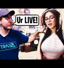 8 Youtubers Who FORGOT They Were LIVE! (MrBeast, SSSniperWolf, Unspeakable)
