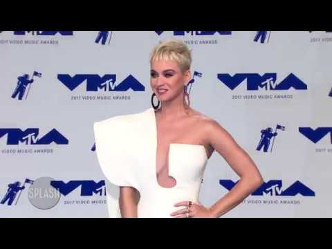 Katy Perry says 'opposites attract' with Orlando Bloom   Daily Celebrity News   Splash TV