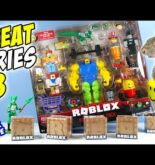 Roblox Series 8 Mystery Boxes And Meme Pack's Mega Noob Jazwares