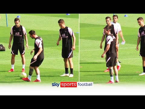 Lionel Messi training with PSG for the first time!